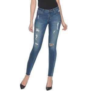 Jennifer Lopez Destructed Skinny Ankle Jeans 16